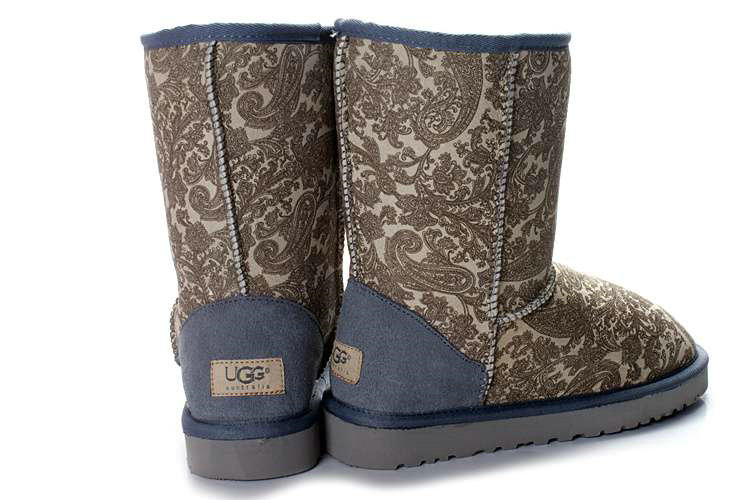 UGG Bottes Classic Mini 5854 Queue